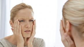 Để ý 5 dấu hiệu lão hóa da đang rình rập để có cách phòng ngừa kịp thời.