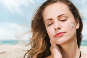 Lý do da thường cháy nắng vào mùa hè và cách khắc phục